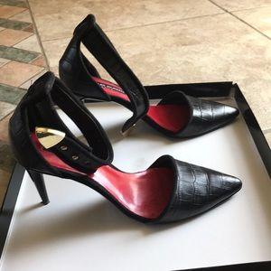 Charles jourdan point black croc heels!